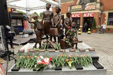 Pomnik upamiętniający Kindertransporty