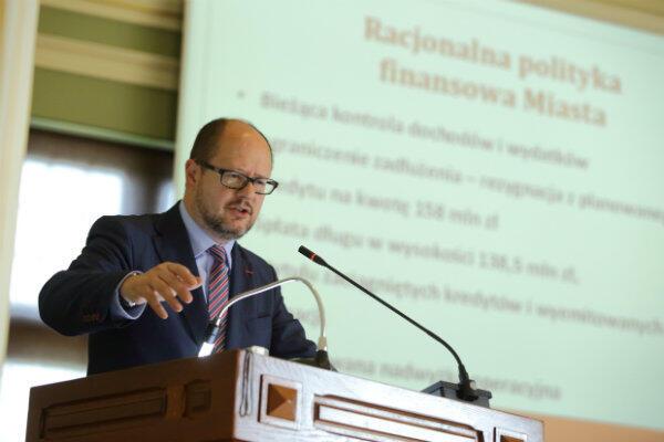 Na sytuację miasta ma wpływ ogólna sytuacja w kraju – tłumaczy prezydent Paweł Adamowicz.