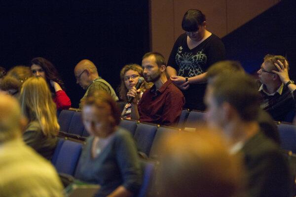 W pierwszych konsultacjach społecznych dotyczących zmian w pasie nadmorskim wzięło udział około stu osób.