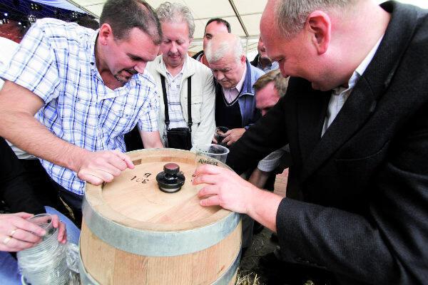Biesiada Amber Fest zacznie się od odszpuntowania beczki piwa o godz. 16.30.