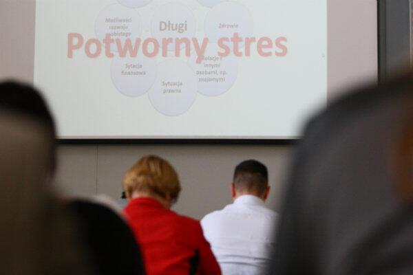 Urząd Miejski w Gdańsku chce pomagać i edukować mieszkańców, którzy wpadli bądź mogą wpaść w pętlę zadłużenia.