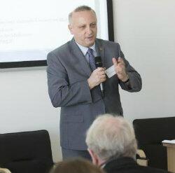Prof. Janusz Moryś, rektor GUMed: – Szczepionka zostaje w Gdańsku. To wielki sukces!