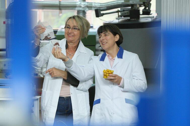 Odkrycie dr inż. Marii Tynek (z lewej) i dr hab. inż. Agnieszki Bartoszek może wprowadzić sporo zamieszania na rynek spożywczy!