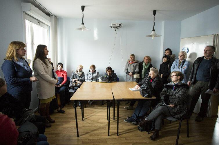 Kryzysowe spotkanie z opiekunkami w siedzibie Gdańskiej Spółdzielni Socjalnej w Nowym Porcie.