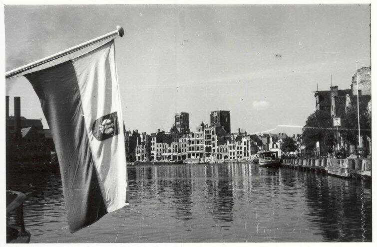 Odbudowa Gdańska stała się dla komunistów sprawą wagi państwowej - bardzo chcieli udowodnić, że dawny Gdańsk był polskim miastem, choć w rzeczywistości był niemiecką republiką kupiecką pod protektoratem Polski.