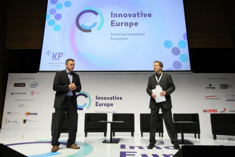 Od lewej Paweł Bochniarz, szef zespołu doradztwa ds. innowacji w PwC i dyrektor MIT Enterprise Forum Polska, oraz Michał Dżoga, dyrektor Corporate Affairs na Europę Środkowo-Wschodnią Intel Polska.
