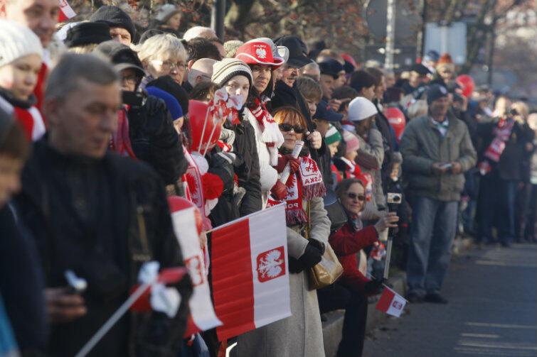 To już tradycja - gdy w innych polskich miastach zdarzają się bijatyki, w Gdańsku 11 Listopada jest świętem radości i dumy narodowej. Tutaj - Parada Niepodległości w 2011 r.