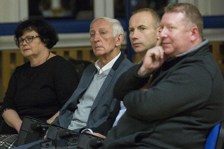 Społecznicy usłyszeli słowa pokrzepienia - dla prezydenta Adamowicza są prawdziwymi bohaterami Gdańska.
