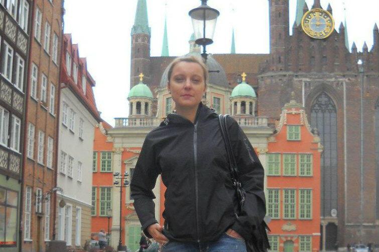 Przewodniczka Anna Sadowska skupia się w swojej pracy na mieszkankach Gdańska. Jedną z jej ulubionych, bo najbardziej tajemniczych postaci jest Stanisława Przybyszewska.