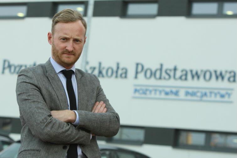 Piotr Szeląg, dyrektor zarządzający Pozytywną Szkołą Podstawową w Kokoszkach.