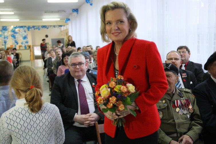 Anna Maria Anders podczas uroczystości w SP 57 w Gdańsku.