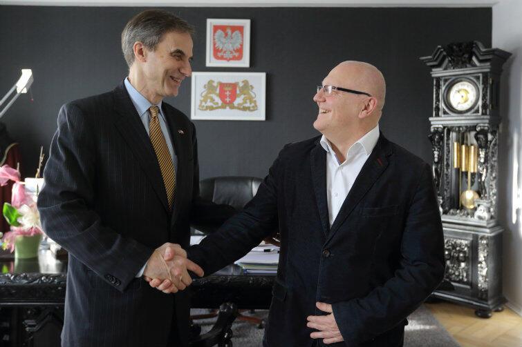 Ambasador Paul Jones i Wiesław Bielawski, wiceprezydent Gdańska.