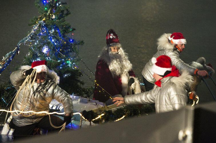 Do grodu nad Motławą Święty Mikołaj przybędzie, oczywiście, Motławą.