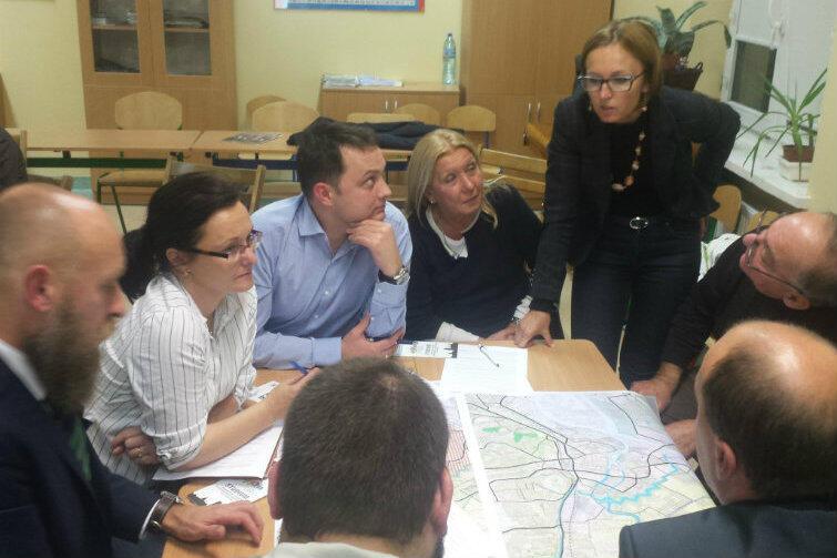 Spotkanie z radnymi dzielnicowymi Śródmieścia. Na pytania odpowiada Monika Rościszewska, projektant w BRG.