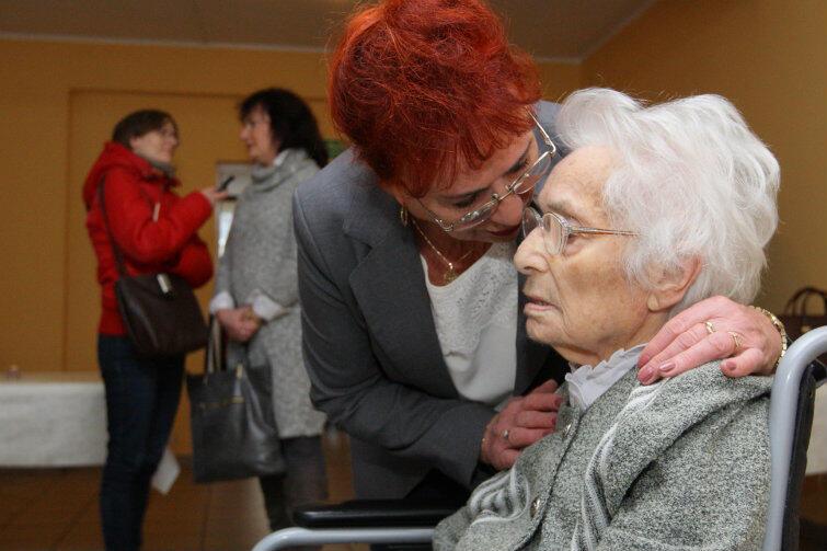 Jubilatka z córką, Wiesławą Czerwińską.