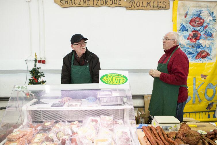 Ryszard Gordon, sprzedawca - chętnie mówił o ekologicznym mięsie i jajkach.