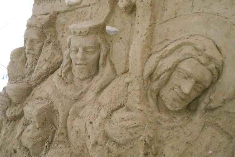 Trzej Królowie już przybyli... Artyści w tym roku pozostają przy tradycji. Szopka z piasku nie będzie zawierała elementów gdańskich ani oliwskich.