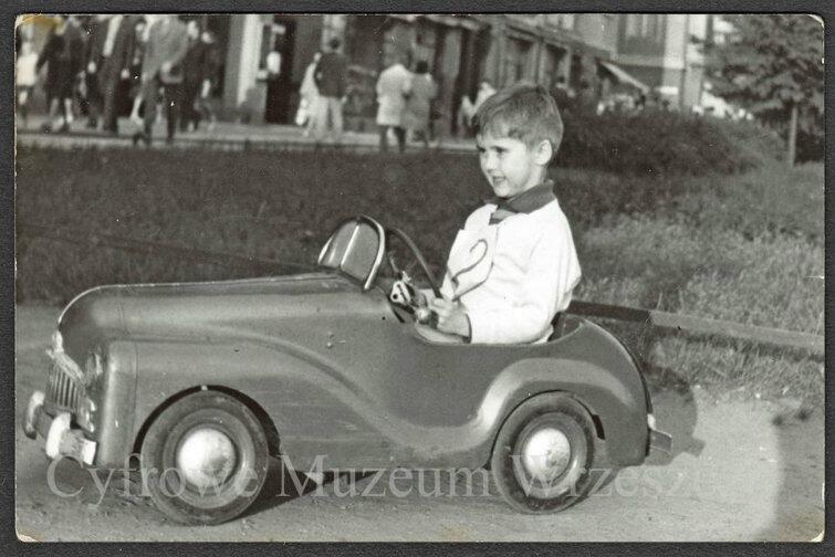 Mały Kuba we wrzeszczańskim automobilu.