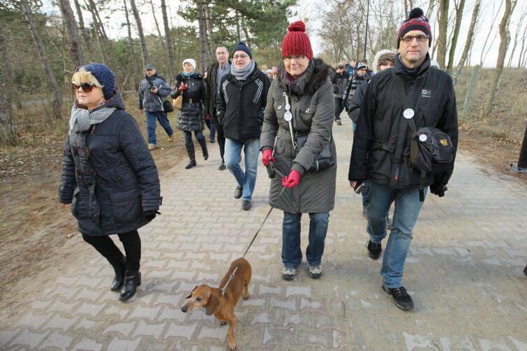 W niedzielę odbył się drugi spacer KOD wzdłuż gdańskiej plaży.
