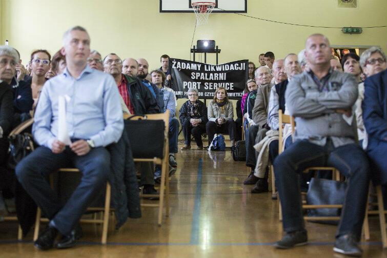 Na spotkanie z władzami Port Service i władzami miejskim przyszło we wrześniu ub.r. około 150 mieszkańców Nowego Portu.