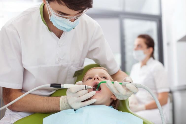 Z bolącym zębem jedziemy do Gdyni, od 1 marca 2016 roku żadna przychodnia stomatologiczna w Gdańsku nie ma kontraktu z NFZ na nocną i świąteczną opiekę medyczną
