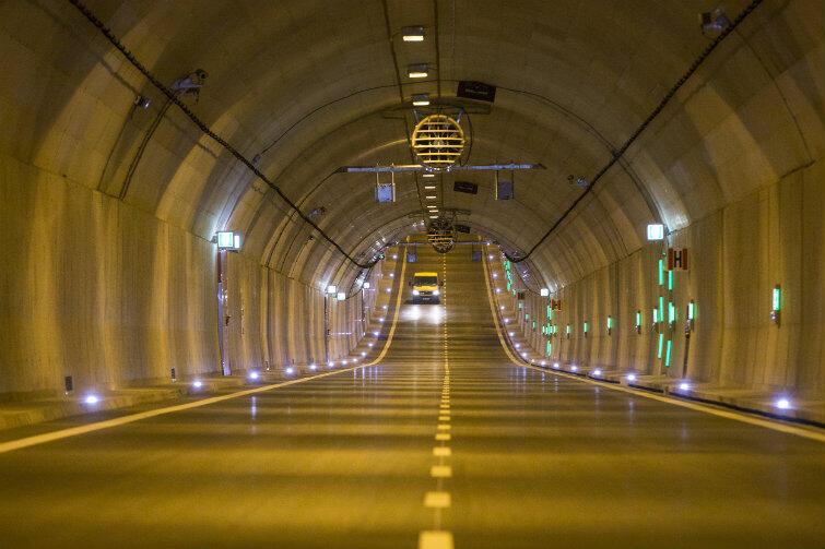 Dzień otwarty - 23 kwietnia. Wtedy i tylko wtedy wstęp do tunelu będą mieli rowerzyści, wrotkarze i piesi.