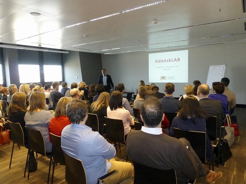 Zapowiedź startu GdańskLAB na spotkaniu w marcu 2015 r.