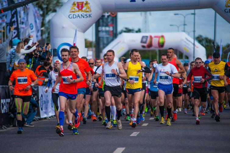 Przed rokiem, w pierwszej edycji PZU Maratonu, na starcie stanęło blisko 1900 biegaczy. W tym roku będzie ich ponad 2 tysiące