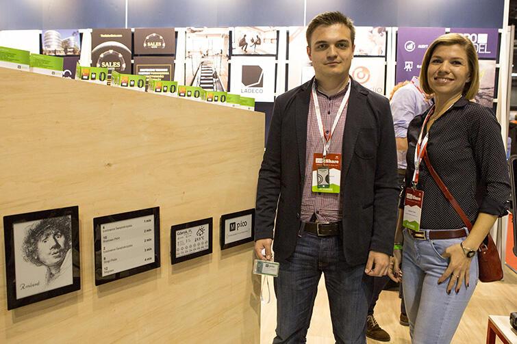 Wystawcy konferencyjni: Dominika Toczek i Aleksander Gajewski z firmy Mpico.