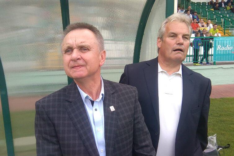 Jak za dawnych, dobrych lat: na ławce trenerskiej Bobo Kaczmarek (z lewej) i Jan de Zeeuw.