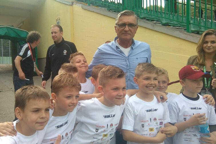 Trener Adam Nawałka również pojawił się na stadionie przy Traugutta. Był oblegany przez przyszłych reprezentantów kraju (oby!).
