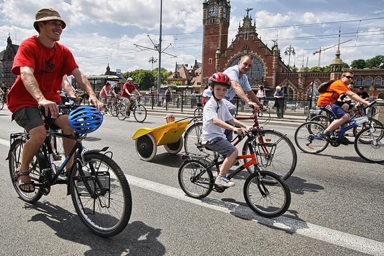 Tak nas widzą w Polsce: Gdańsk, dobrze prosperujące, nowoczesne miasto, pełne rowerzystów.