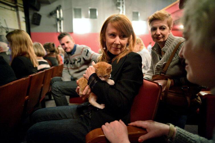 Społecznych Opiekunów Kotów w Gdańsku nie trzeba przekonywać, że kot to wspaniałe zwierzę. Zdjęcie ze spotkania społeczności z prezydentem Pawłem Adamowiczem w 2013 r.