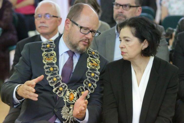 Prezydent Paweł Adamowicz i posłanka Małgorzata Chmiel podkreślali wyjątkowość Oliwy.