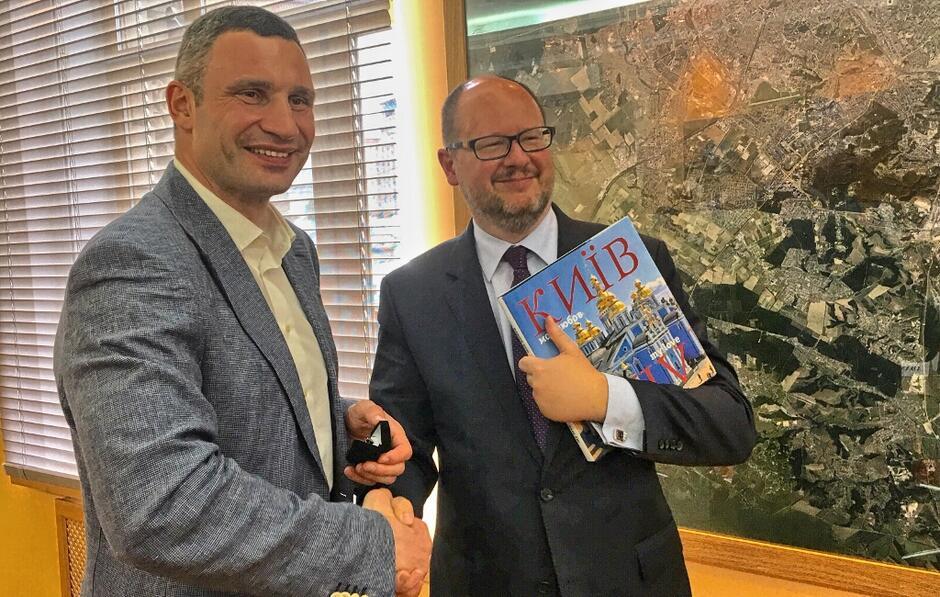 Spotkanie Pawła Adamowicza z Witalijem Kliczką