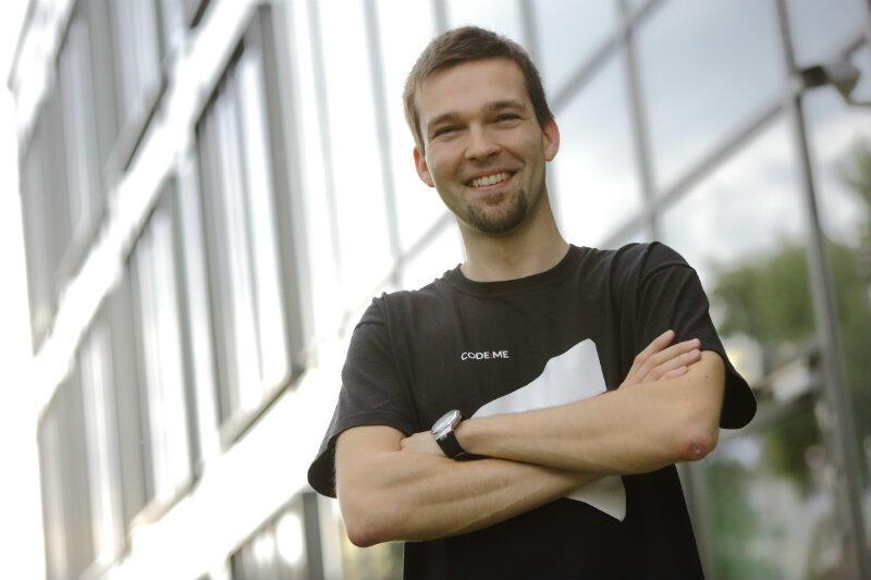 Każdy może zostać programistą, ale nie każdy ma sobie dość siły, by tego dokonać - wynika z doświadczeń Marcina Młyńskiego szefa Fundacji CODE:ME.