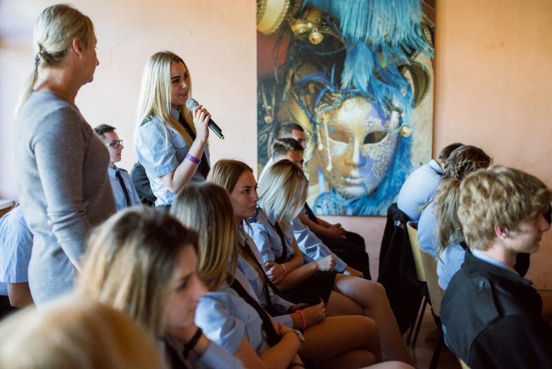 Uczniowie nie bali się zadawać prezydentowi Gdańska pytań