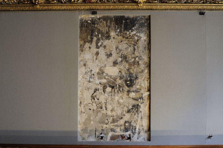 Oryginalne polichromie zdobią ściany Sali Czerwonej.