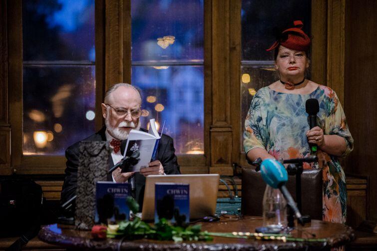 Stefan Chwin z żoną Krystyną, która nie tylko jest jego wierną czytelniczką, ale także wydawcą i redaktorem.