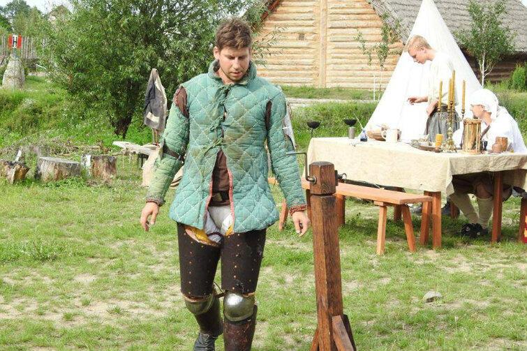 Gdański rycerz Piotr Celej, który ma ochotę dać wycisk Kukizowi za jego chamskie wypowiedzi na temat niektórych pań.
