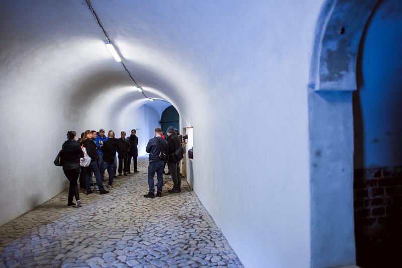 Tunel świeci nowością, pokryty został oddychającymi tynkami