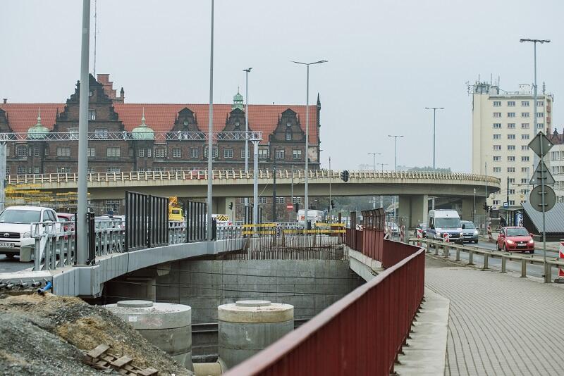 Nowy wiadukt - po lewej stronie kadru