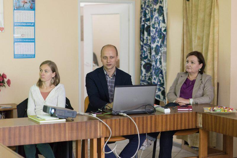 Przemysław Guzow, dyrektor Centrum Hewelianum, opowiadał radnym o konkretnych pomysłach na zabytkowy obiekt.