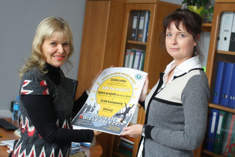 Maria Rudnicka, dyrektor SP nr 8 (z lewej) i Magdalena Trawińska, przewodnicząca Rady Rodziców, realizują pierwszy w Gdańsku... Budżet Uczniowski