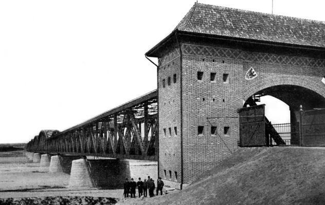 Most pod Opaleniem, przyczółek wschodni od strony Kwidzyna
