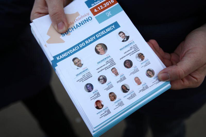 Kandydaci na radnych dzielnicy Suchanino przygotowali pięć tysięcy ulotek. Zachęcają mieszkańców do udziału w wyborach