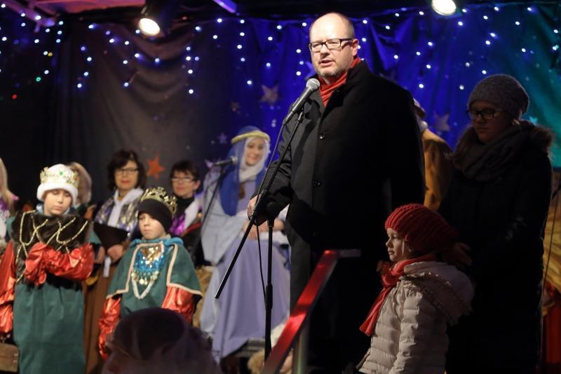 W zeszłym roku życzenia przybyłym złożył m.in. Paweł Adamowicz - teraz będzie to niemożliwe, ponieważ prezydent rozchorował się. Życzenia złoży wiceprezydent Wiesław Bielawski