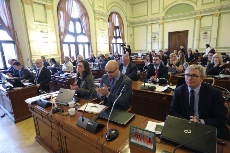 Budżet Gdańska na 2017 rok uchwalony. Zdecydowali o tym radni podczas poniedziałkowej sesji