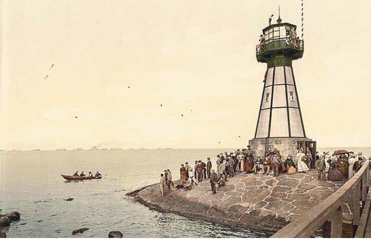 Gdańszczanie chętnie wylegali na cypel z punktem widokowym na galeryjce; ok. 1905
