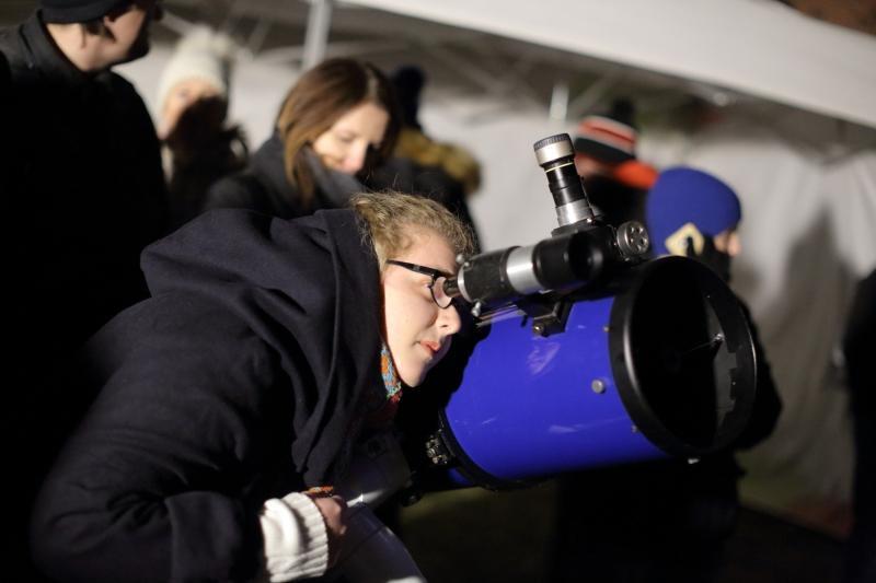 Oglądanie Superksiężyca w Centrum Hewelianum